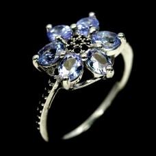 Кольцо. Натуральный танзанит и шпинель. Серебро 925.