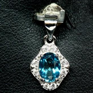Подвес. Натуральный голубой лондон топаз. Серебро 925.
