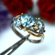 Кольцо. Натуральный голубой топаз. Серебро 925.
